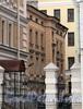 Наб. Робеспьера, д. 22 (дворовый корпус). Вид с набережной. Фото ноябрь 2011 г.