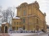 Наб. реки Монастырки, дом 1, лит. Ж. Здание ризницы и древлехранилища. Фото февраль 2012 г. со стороны здания кладбищенской конторы.