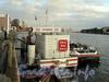 Выборгская наб., д. 18. АЗС-автомат «Лукойл» - топливозаправочная станция двойного назначения «Вода-берег». Фото сентябрь 2011 г.