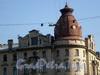 Наб. реки Карповки д. 6 / Большой пр. П.С., д. 83. Угловая башня. Фото 2008 г.