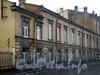 Наб. реки Мойки, д. 108. Левый лицевой флигель Демидовского дома призрения трудящихся. Фасад здания. Фото март 2009 г.