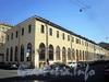 Наб. канала Грибоедова, д. 36 / Мучной пер., д. 2. Большой железный ряд Малого Гостиного двора. Общий вид здания. Фото август 2009 г.