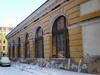 Набережная реки Мойки, дом 3. Круглый рынок.   Фасад здания со стороны Круглого переулка до реконструкции.Фото 15 декабря 2009 года.