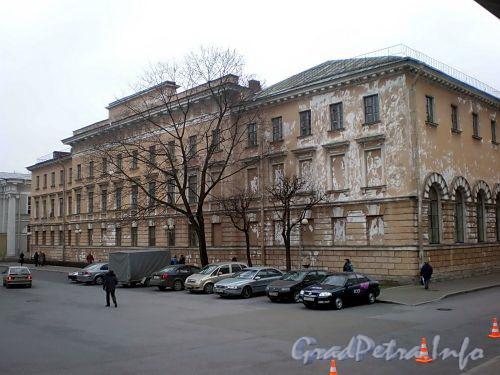 Наб. реки Фонтанки, д. 33.жилой корпус Аничкова дворца. Вид со двора. Фото декабрь 2009 г.