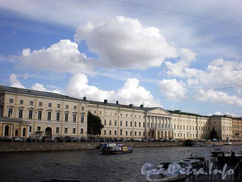 Наб. реки Фонтанки, д. 36. Здание Екатерининского института. Фасад здания. Фото август 2009 г.