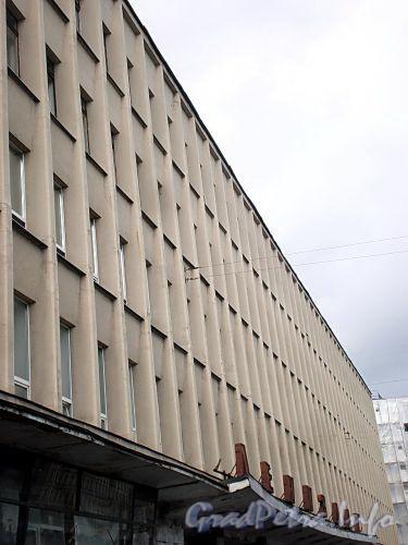 Наб. реки Фонтанки, д. 59. Здание «Лениздата» («Дома прессы»). Фрагмент фасада. Фото август 2009 г.