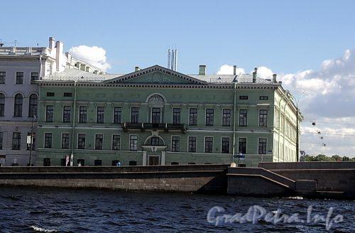 Дворцовая наб., д. 4. Общий вид. Фото июнь 2010 г.