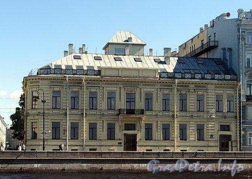 Дворцовая наб., д. 22 / Мошков пер., д. 1. Фасад по набережной. Фото июнь 2010 г.