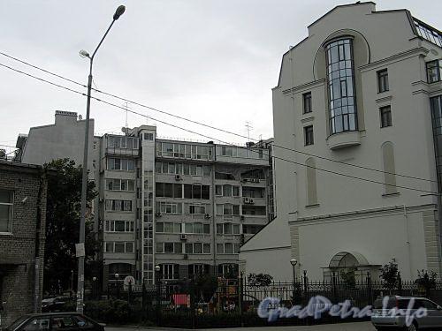 Наб. Мартынова, д. 4. Вид со двора. Фото сентябрь 2010 г.