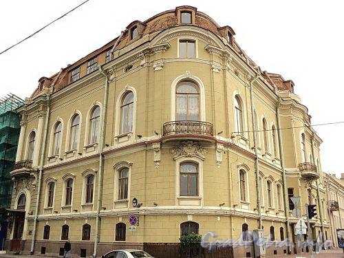 Наб. Кутузова, д. 22 / Гагаринская ул., д. 2. Общий вид. Фото сентябрь 2010 г.