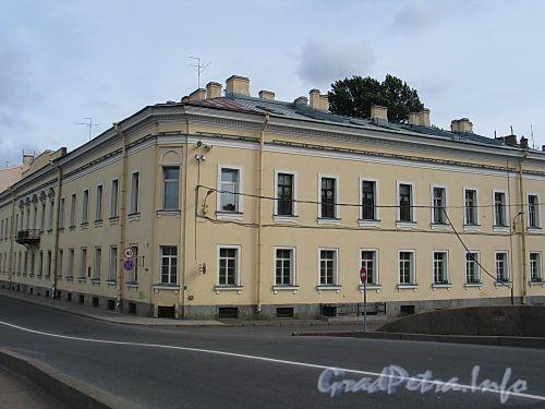 Наб. реки Фонтанки, д. 2 / наб. Кутузова, д. 36. Общий вид. Фото сентябрь 2010 г.