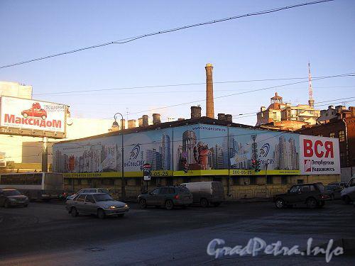 Наб. реки Карповки, д. 27, лит. А. Вид от Силина моста. Фото 2006 г.