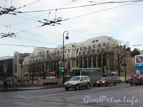Наб. реки Карповки, д. 31. Общий вид здания. Фото 2006 г.