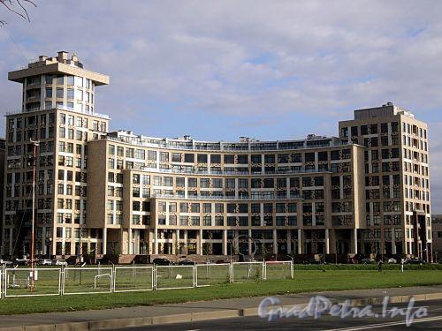 Песочная наб., д. 40. Жилой комплекс «OMEGA-HOUSE». Общий вид. Фото сентябрь 2010 г.