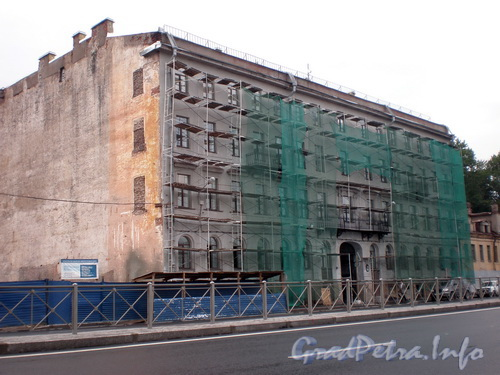 Синопская наб., д. 64, общий вид здания. Фото август 2008 г.