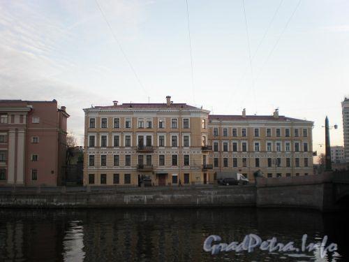 Наб. реки Фонтанки, д. 136. Общий вид здания. Ноябрь 2008 г.