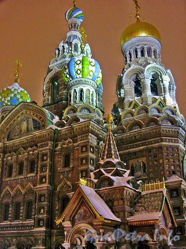 Ночное освещение собора