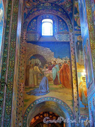 Внутренние фрезки собора