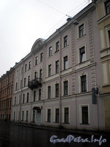 Наб. реки Мойки, д. 110. (Средний корпус). Бывший доходный дом. Фасад здания. Фото март 2009 г.