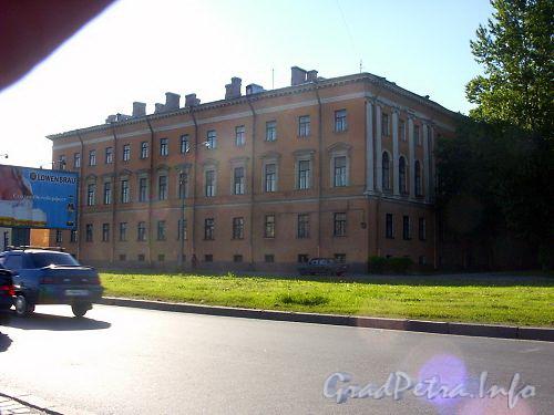 Здание духовной академии
