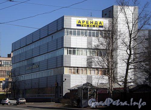Наб. реки Волковки, д. 7. Бизнес-центр «Иволга». Фото апрель 2009 г.