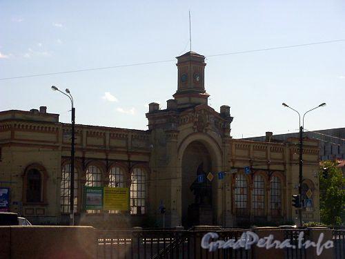 Реконструкция Варшавского вокзала под Торгово-развлекательный центр, 2004 г.
