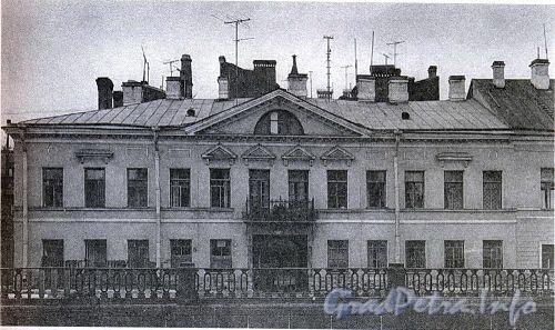 Наб. Крюкова канала, д. 27.  Дом А. Н. Бебутовой
