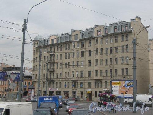 Ждановская наб., дом 3. Вид с Большого пр. П.С. Фото 26 июня 2012 г.