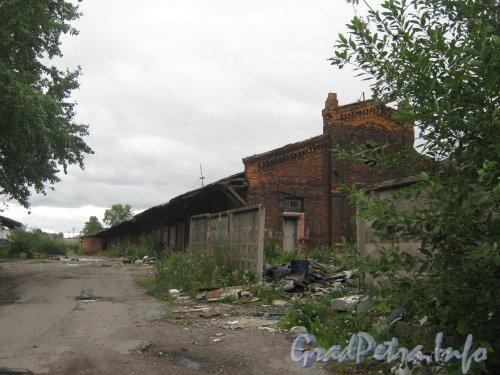 Наб. Обводного канала, дом 118, корпус 3. Вид в сторону корпуса 3 корпус Г4. Фото 9 августа 2012 г.