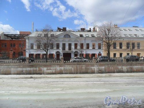 Набережная Крюкова Канала, дом 27. Фото апрель 2013 .