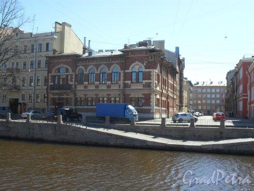 Набережная канала Грибоедова, дом 140. Фото 21 апреля 2013 г.