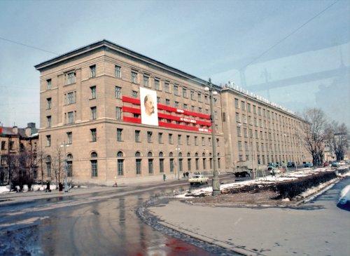 Петроградская наб, дом 18. Общий вид здания. Фото апрель 1976 г.