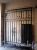 Ул. Чехова, д. 12-16. Решетка ворот. Фото октябрь 2009 г.