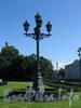 Фонарь на Сенатской площади. Фото июль 2009 г.