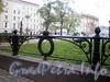 Фрагмент ограды сквера Манежной площади. Фото октябрь 2009 г.