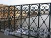 Фрагмент ограды моста Белинского. Фото октябрь 2010 г.