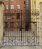 Гагаринская ул., д. 23. Ворота. Фото сентябрь 2010 г.