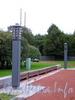 Фонари в сквере у Нахимовского военно-морского училища. Фото сентябрь 2004 г.