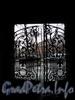 Ул. Писарева, д. 10. Решетка ворот. Фото март 2009 г.