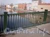 Фрагмент ограды Английского моста. Апрель 2009 г.