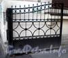 Ул. Красного Курсанта, д. 7. Решетка ворот. Октябрь 2008 г.