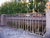 Ограда набережной канала Грибоедова в районе Коломенского моста. Фото август 2009 г.