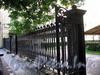 Невский пр., д. 22-24. Немецкая лютеранская церковь св. Петра. Ограда. Фото июль 2009 г.