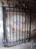 Бол. Монетная ул., д. 10. Доходный дом Е. Ц. Кавоса. Решетка ворот. Фото сентябрь 2009 г.
