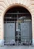 Гороховая ул., д. 34. Доходный дом В. Г. Жукова (Т. Г. Растеряевой). Решетка ворот. Фото июль 2009 г.