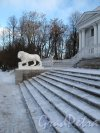 Елагин остров. Терраса Елагиностровского дворца. Фото январь 2013 г.