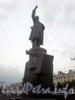 Памятник Ленину В.И. на площади у Финляндского вокзала. Фото 2008 г.