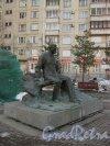 Памятник Д.Д. Шостаковичу в начале улицы Шостаковича. Фото 3 апреля 2013 г.
