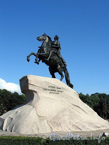 Памятник Петру I («Медный всадник») на Сенатской площади. Фото июль 2009 г.