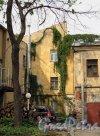 Таврический сад. Хозяйственные постройки Таврического Дворца. Фото июнь 2012 г.